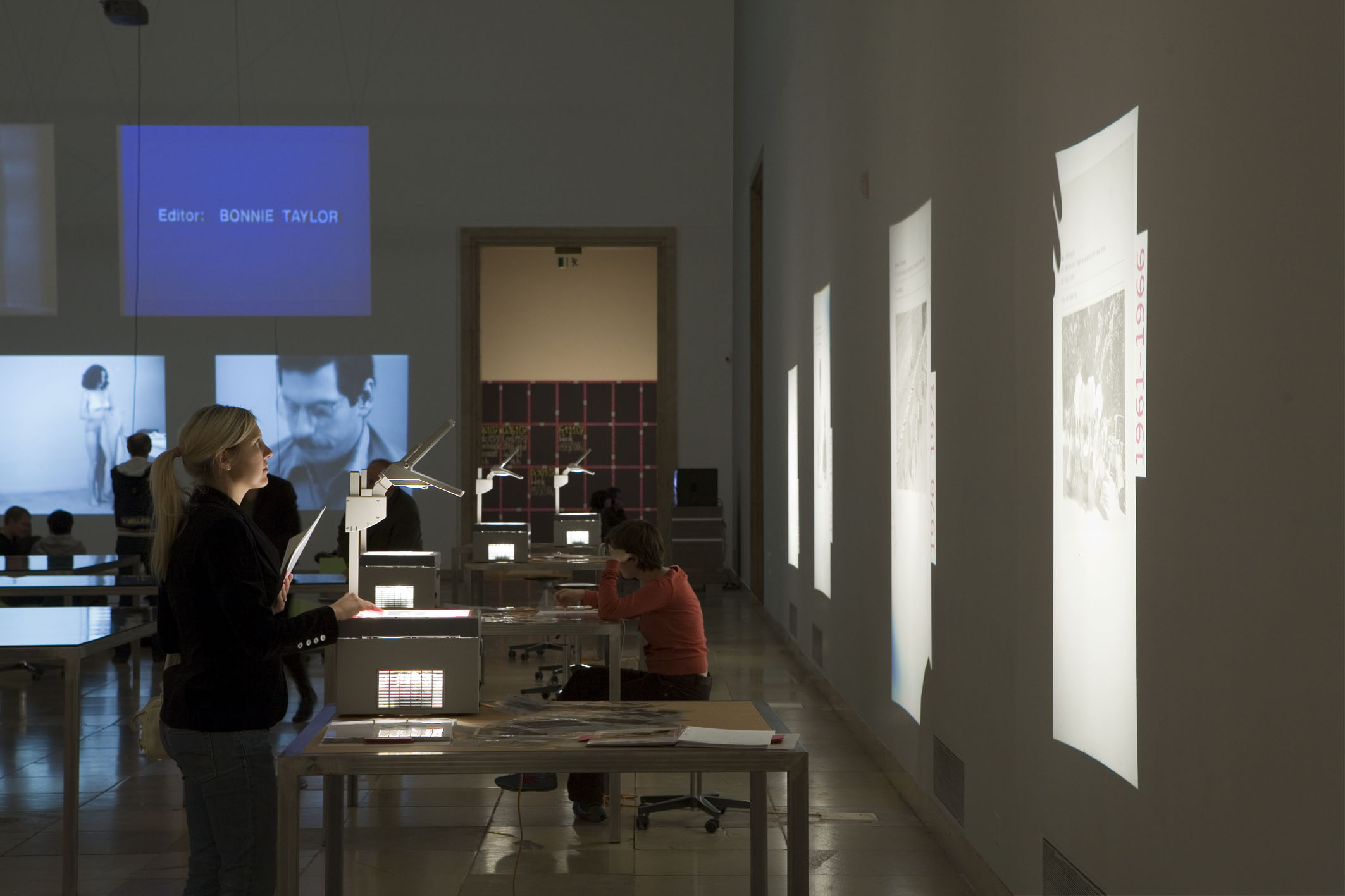 - overhead-projectors-and-projections