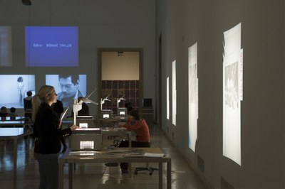 overhead projectors and projections