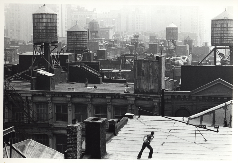 Babette Mangolte, Trisha Brown's Choreography Roof Piece, 1973, Photo Copyright © 1973 Babette Mangolte